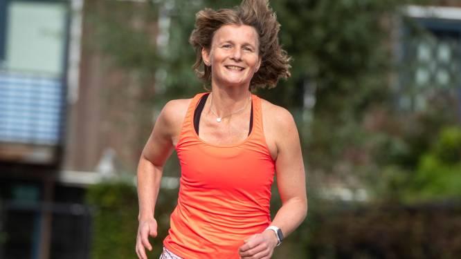 Mariska (41) had lymfeklierkanker en rent morgen de Marathon Amersfoort: 'Tussen de chemo's heb ik de trainingen doorgezet'