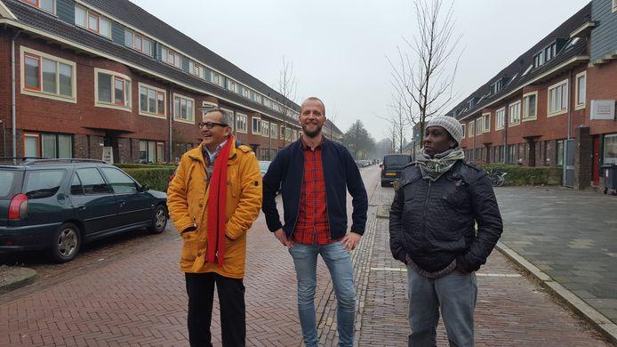 Henk Wierenga (links) en Huseen Mahammat (rechts) zijn uitgeloot voor de coöperatieve wijkraad Groningen