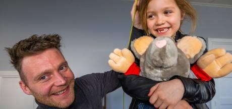 Zoon Rutger jaagt droom na met comeback van Villa Happ: 'Het is toch het kindje van onze familie'