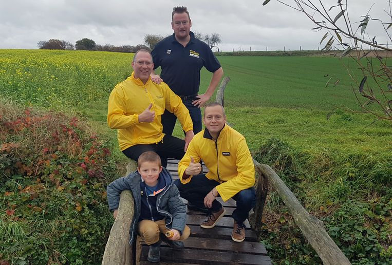 N-VA Holsbeek herstelt brugje Poelweg