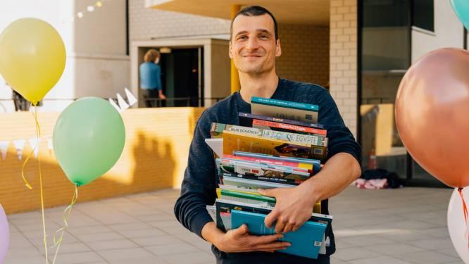 """Christophe (40) bekroond tot Beste Boekenmeester: """"Er is een boek voor élk kind"""""""