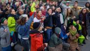 200 klimaatactivisten brengen nacht door aan Troonplein