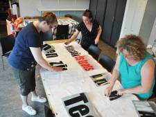 Groepje Waspikkers uit trots op zwemheld Maarten: 'Je bent onze held'