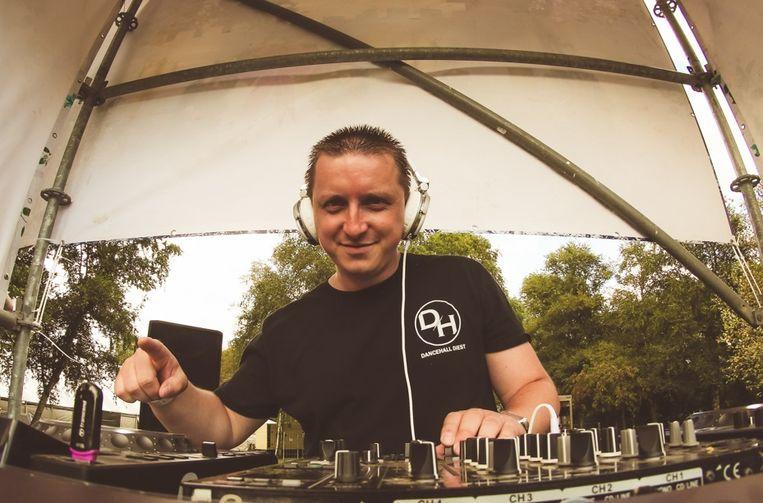 Davy Allard, alias DJ Kosmik, heeft een track uitgebracht bij Bonzai Records.