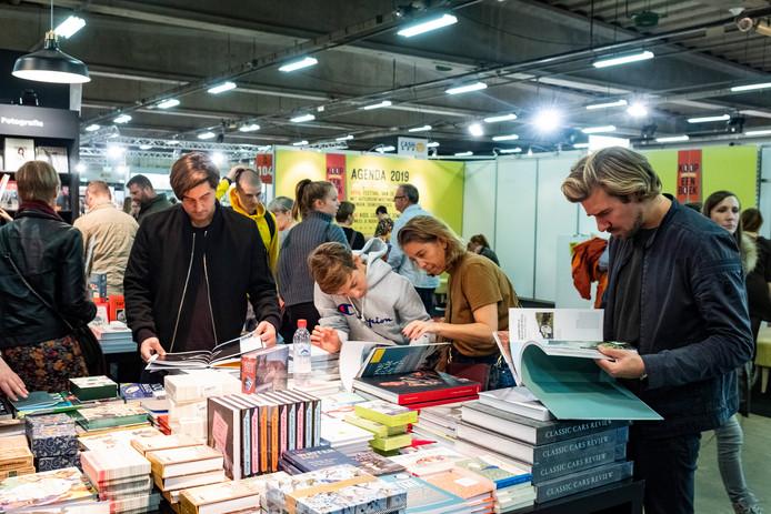De Boekenbeurs vorig jaar. Dit jaar zal die er anders moeten uitzien