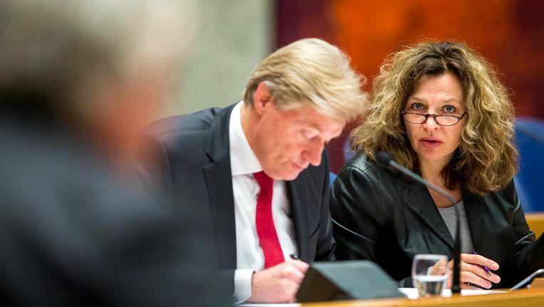 Minister Edith Schippers en staatssecretaris Martin van Rijn van volksgezondheid, welzijn en sport. Beeld anp