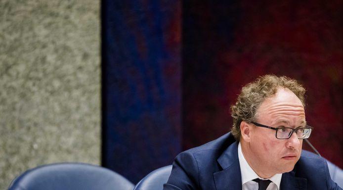 Minister Wouter Koolmees van Sociale Zaken (D66) moet van de Tweede Kamer 'onnodige pensioenkortingen' zien te voorkomen.