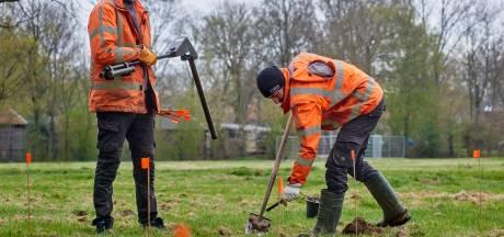 Bommenspeurders treffen vooral tentharingen op voormalig campingterrein Ravenstein