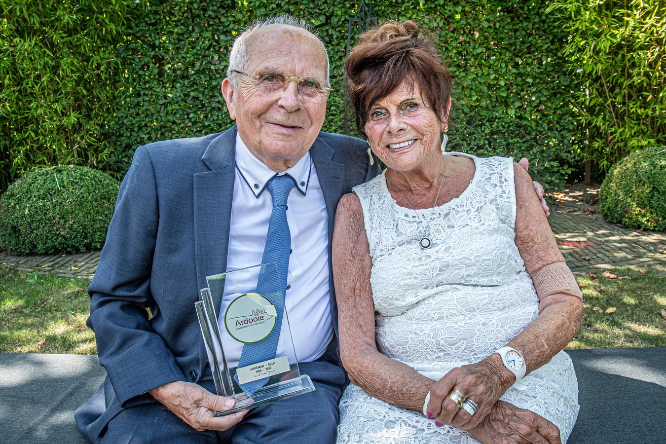Adhemar en Ella vieren hun 60-jarig jubileum.