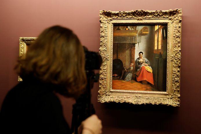 "Beeld ter illustratie: ""Woman nursing"", an oil on canvas by late Dutch painter Pieter de Hooch."