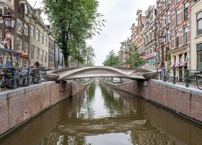Pont imprimé en 3D en acier à Amsterdam.