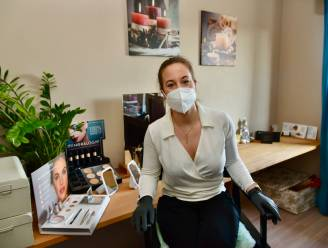 """Schoonheidsspecialiste Yaiza Onnockx kan weer aan de slag: """"Zo blij dat ik mijn klanten weer kan verwennen"""""""
