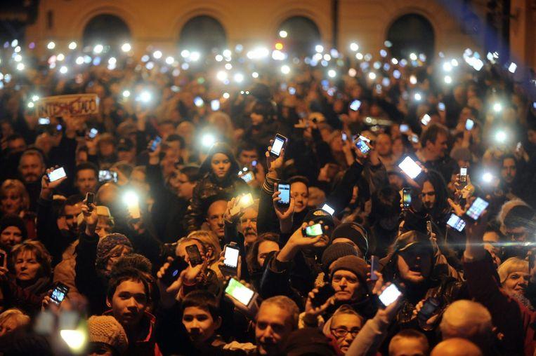 Duizenden demonstranten gingen afgelopen weekend de straat op om te protesteren tegen de nieuwe internettax. Beeld epa