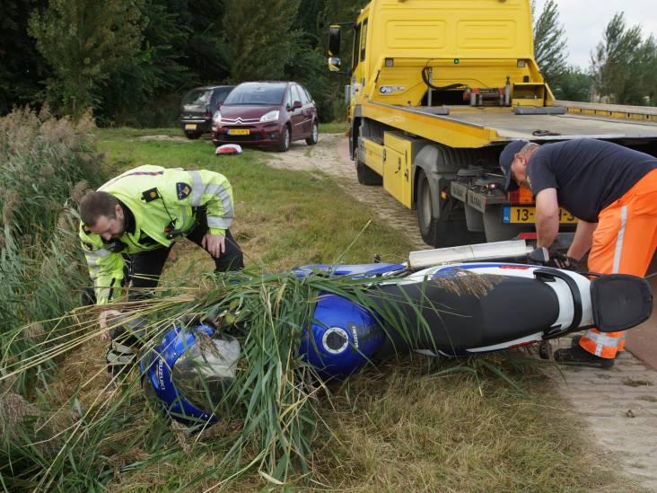 Motorrijder gewond door val in sloot Sprang-Capelle