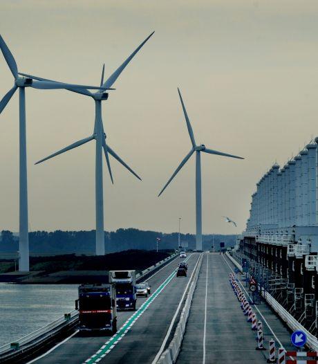 Windmolens bij Oosterscheldekering krijgen tweede leven in Toscane