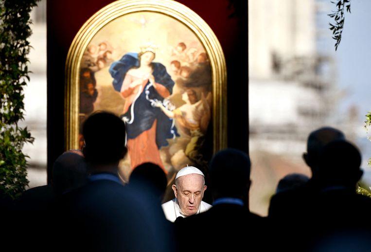 Paus Franciscus kreeg al meteen na zijn aantreden in 2013 te maken met misbruikschandalen binnen de kerk. Beeld AFP