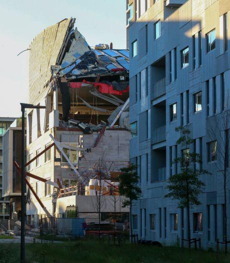 Effondrement d'un bâtiment à Anvers: un quatrième corps sorti des décombres, le Roi s'est rendu sur le site