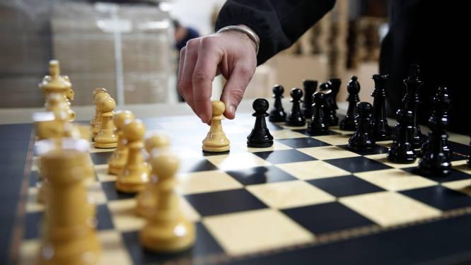 Bibliotheek opent schaakcafé