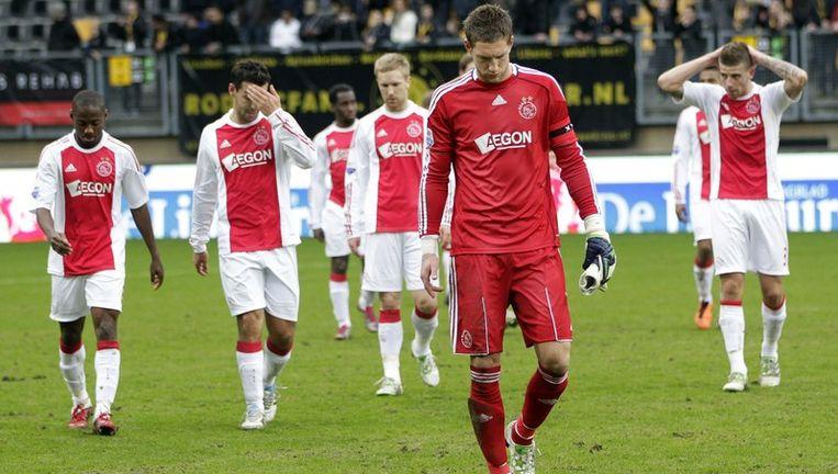 verwijder deze fotoTeleurstelling bij de selectie Ajax na het 2-2 gelijkspel tegen Roda JC. Beeld