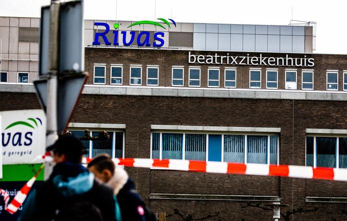 Het Beatrixziekenhuis in Gorinchem ging begin maart helemaal op slot, toen bleek dat een patiënt met het coronavirus op de IC was verpleegd.