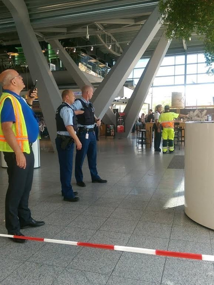 Brand bij Starbucks op Eindhoven Airport