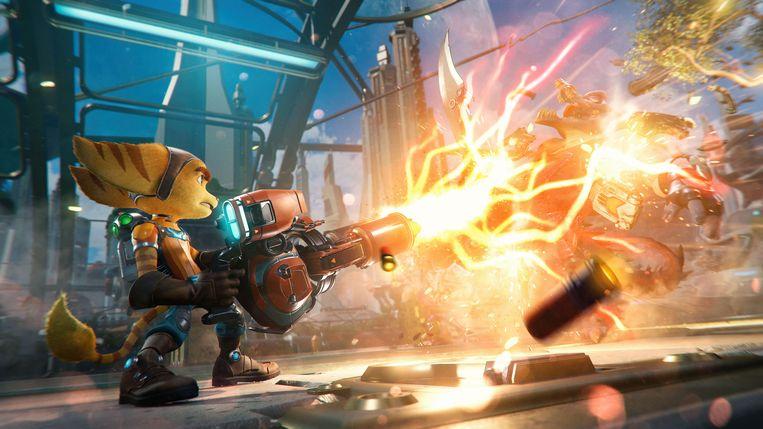 Aan opmerkelijk wapentuig is nooit een gebrek bij Ratchet & Clank. Beeld Insomniac Games