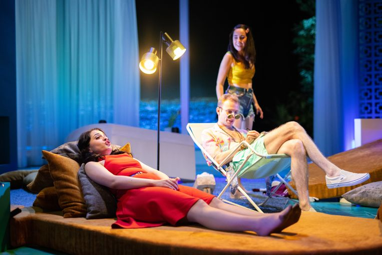 Julietta Aleksanyan, Sam Carl en Bibi Ortjens in L'elisir d'amore. Beeld Bjorn Frins