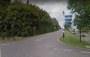 De brug over de A59 aan de Emmikhovensestraat ... niet echt geschikt gemaakt voor voetgangers.