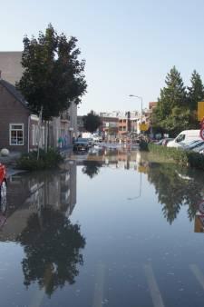 Waterlek zorgt voor overlast in centrum  Kaatsheuvel: gesloten restaurants en klein ongemak