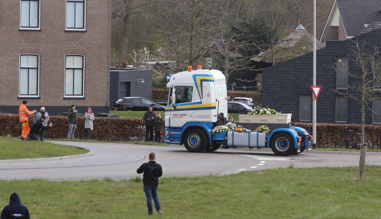 Bergers nemen afscheid van collega Arno de Heus.