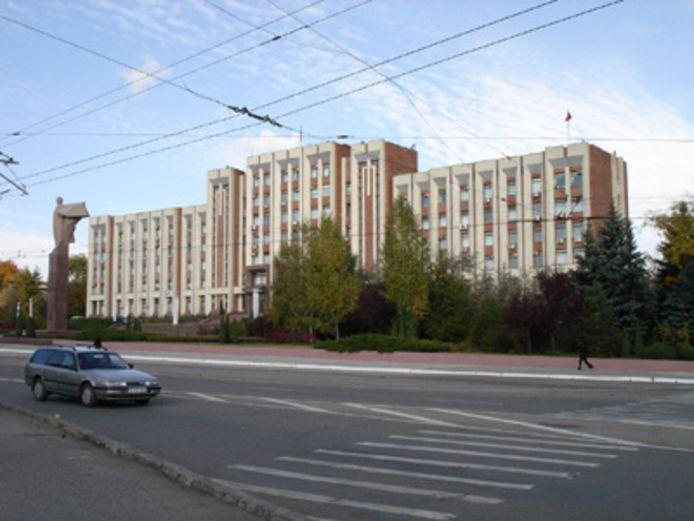 Het parlement van Transnistrië in Tiraspol.