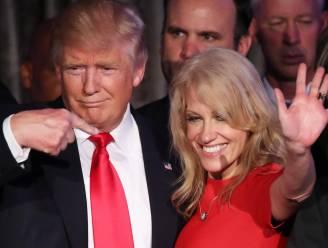 """Trumps topadviseur Kellyanne Conway """"deelde klappen uit"""" op inauguratiebal"""