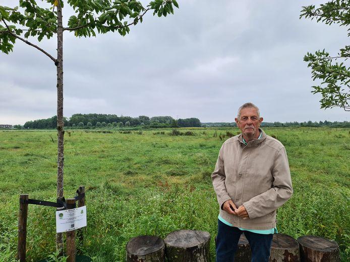 """secretaris Peter Lammers: ,,Het planten van bomen moet het gebied wat meer smoel geven."""""""