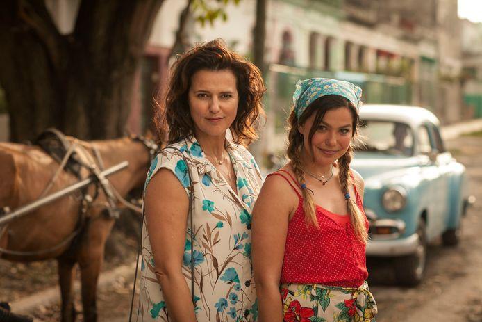 Susan Visser en Abbey Hoes zijn tot 13 mei op Netflix te zien in de film Verliefd op Cuba.
