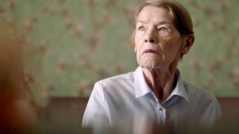 Glenda Jackson in Elizabeth is Missing. Beeld