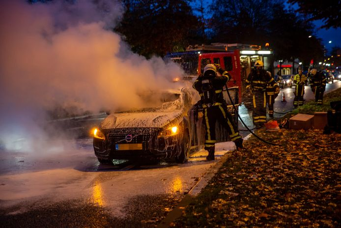 Autobrand in Roosendaal.