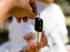 Autoverhuurder KAV daagt Tilburg wegens vergunningplicht