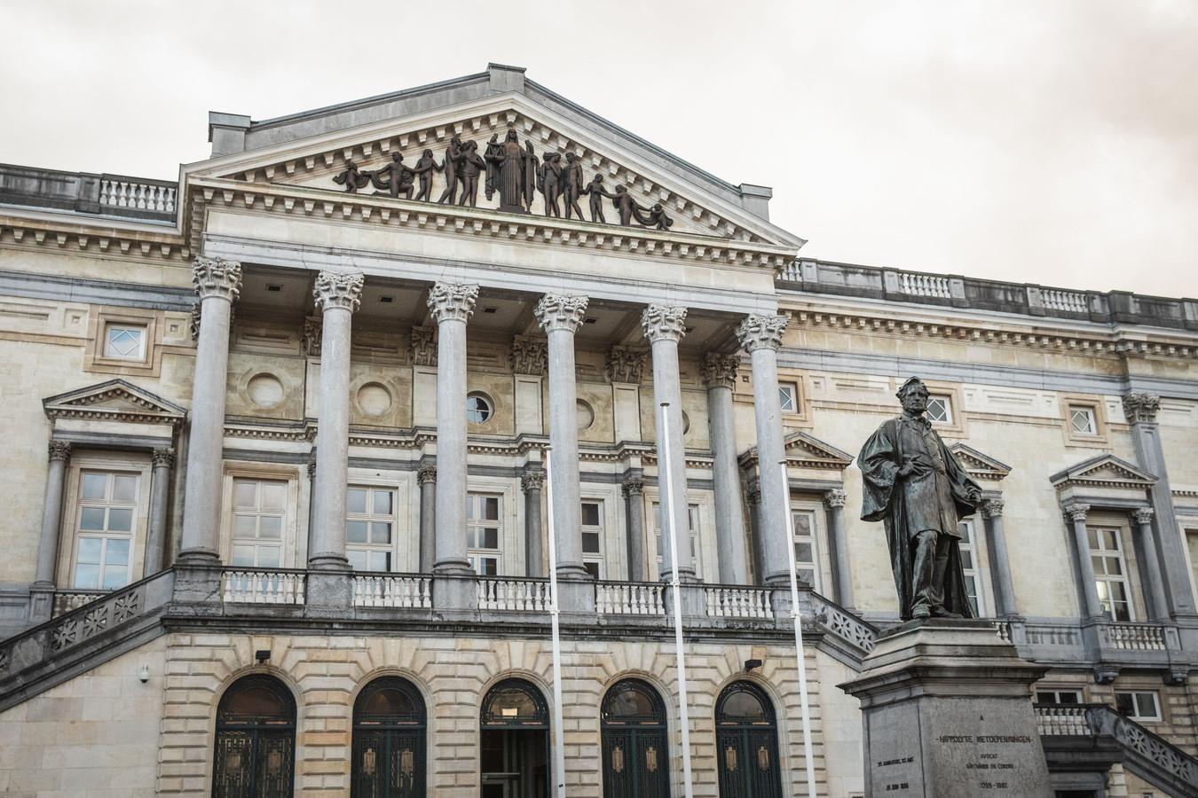 De veroordeling werd uitgesproken in dit hof van beroep in Gent.