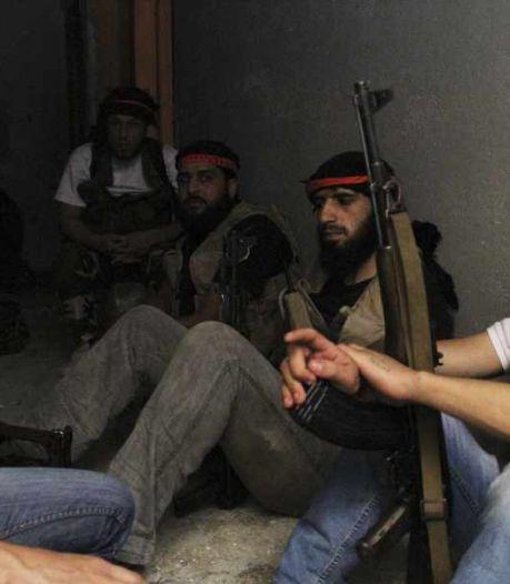 Hoog overleg na moord op rebellencommandant