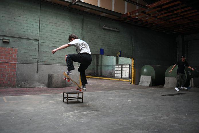 Urban sports zoals bijvoorbeeld skaten wint aan populariteit in Leuven.