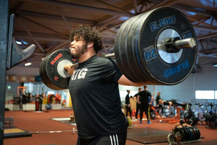 Enzo Kuworge krijgt nog één kans om zich te kwalificeren voor de Olympische Spelen.
