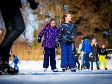 Gelukt! Schaatsbanen zijn open: 'We hopen dat iedereen verstandig is en schaatst in eigen dorp'