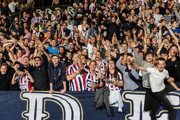 In de laatste thuiswedstrijd van Willem II, tegen FC Groningen, was de KingSide al zeer goed gevuld.
