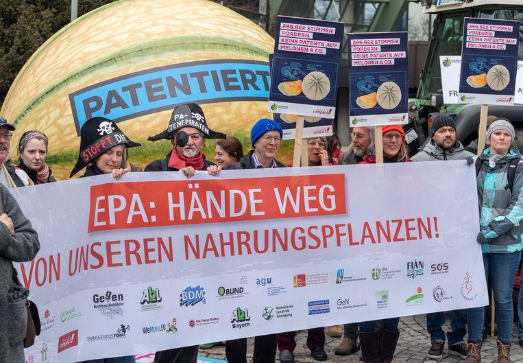 Duitse demonstranten protesteren tegen het patenteren van planten en dieren tijdens een demonstratie vorige maand in München, Beieren.