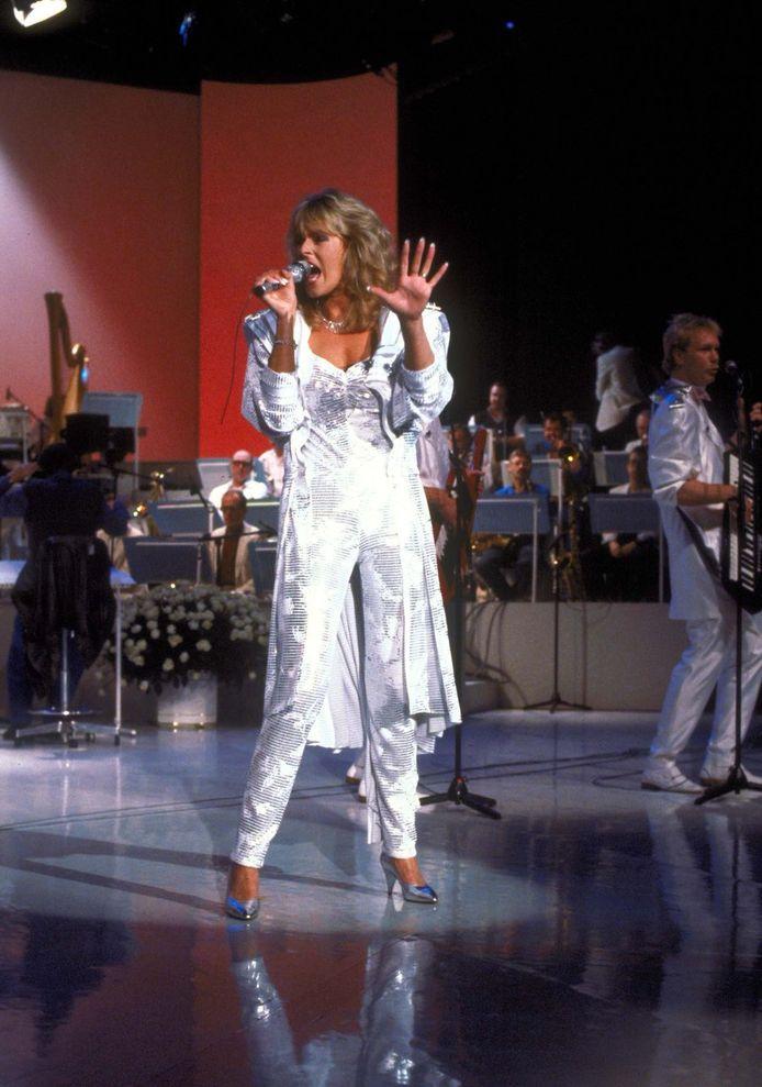 Marga Bult tijdens het Eurovisie Songfestival in 1987.