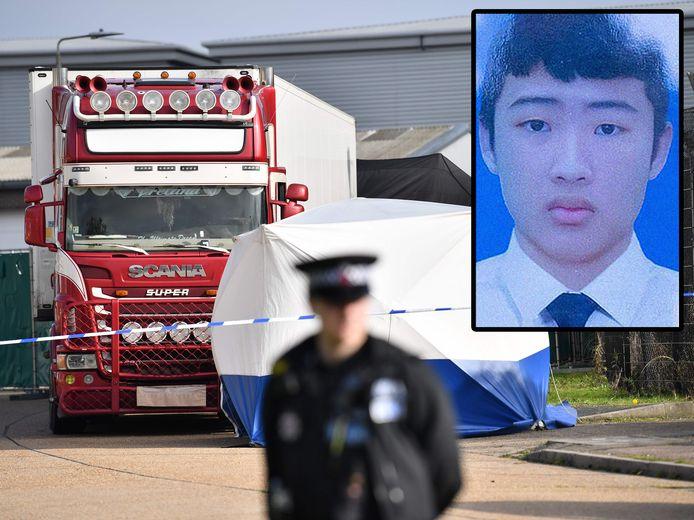 De koeltruck waarin de 39 lichamen werden gevonden. Inzet: de 17-jarige Tran Ngoc Hieu die tot enkele weken