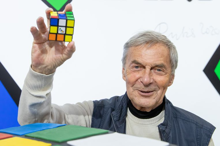 Hongaar Ernő Rubik met zijn goudmijn. Beeld BELGAIMAGE