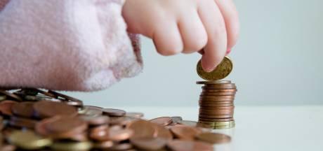 Nederlanders blijven sparen ondanks almaar dalende rente