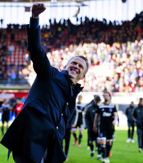 AZ-coach Van den Brom opgelucht: 'Hopelijk nu van dat gezeur af'