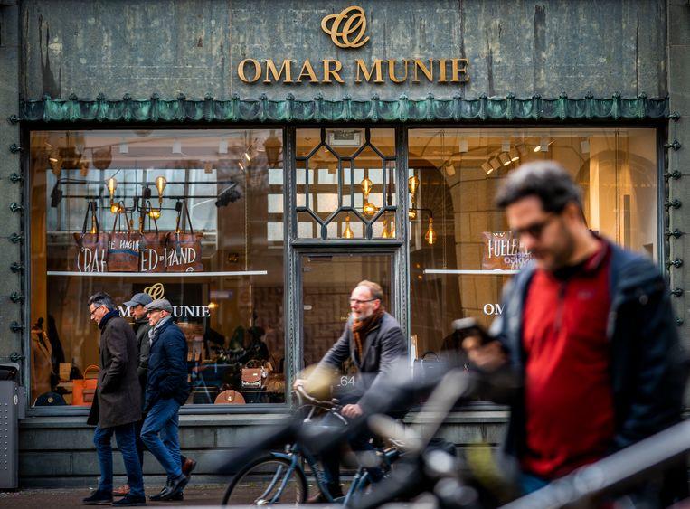 De winkel van Munie in Den Haag.  Beeld Freek van den Bergh / de Volkskrant